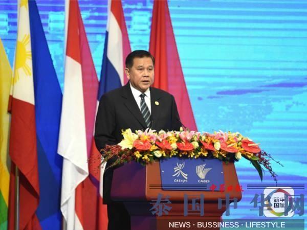 中泰合建铁路年内上马 泰国副总理自称中国粉丝