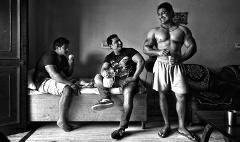 印度一健美村肌肉男扎堆 靠做保镖改变命运